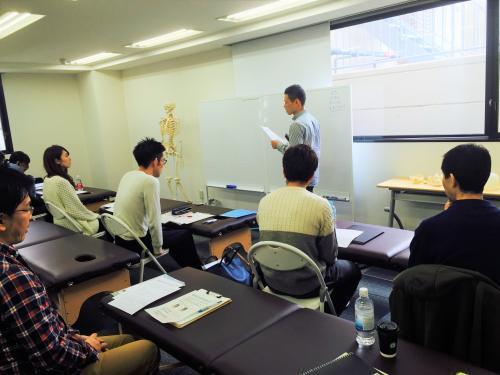 スキルアップの講習会も定期的に行っています。