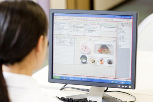 HRSオリジナル給食管理ソフトで献立簡単作成!