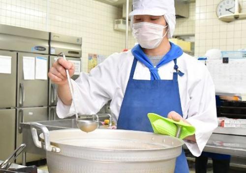 あなたの食事で患者さんも病院のスタッフも元気になる