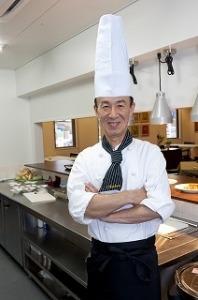 「おいしい給食の追求」がテーマの真心のこもった食事を提供