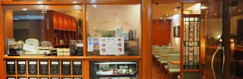 珈琲舎のだ サンプラザ店の求人情報【ホールスタッフ】アルバイト・お祝い金・福岡市・博多区